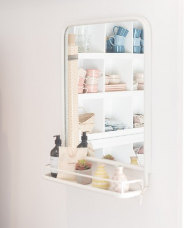 Espejo blanco  con estante