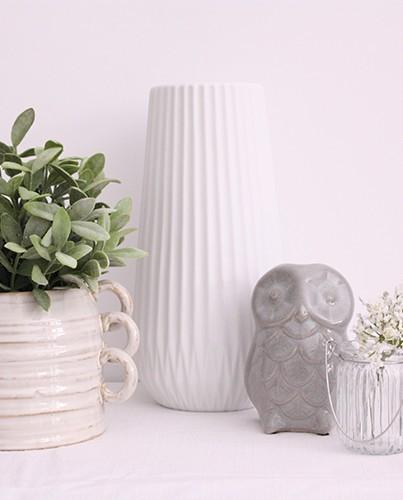 L mpara de cer mica blanca deco living for Lamparas de ceramica