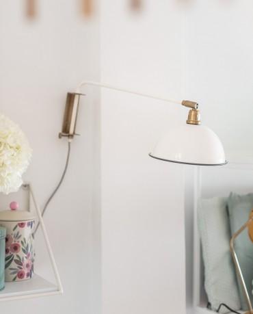 Lámpara blanca aplique