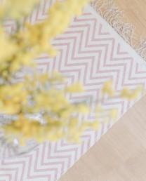 Alfombra zigzag rosa 50x80