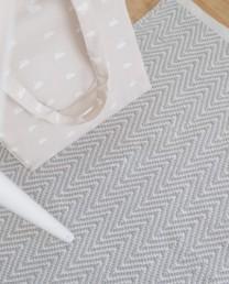 Alfombra zigzag gris