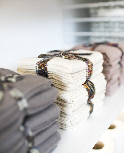 Aparador Lazada ~ set mini toallas crema Deco& Living