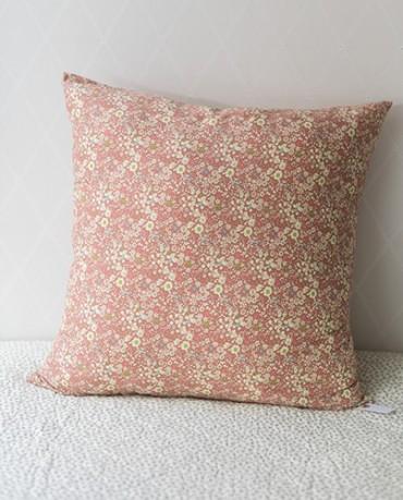 Funda cojín flores rosas 60x60
