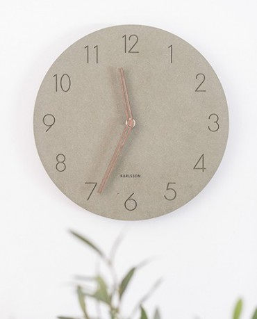 Reloj madera verde